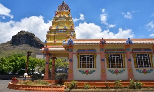 MAURITIUS / zachodnie wybrzeże / Port Louis / Kolorowa świątynia tamilska