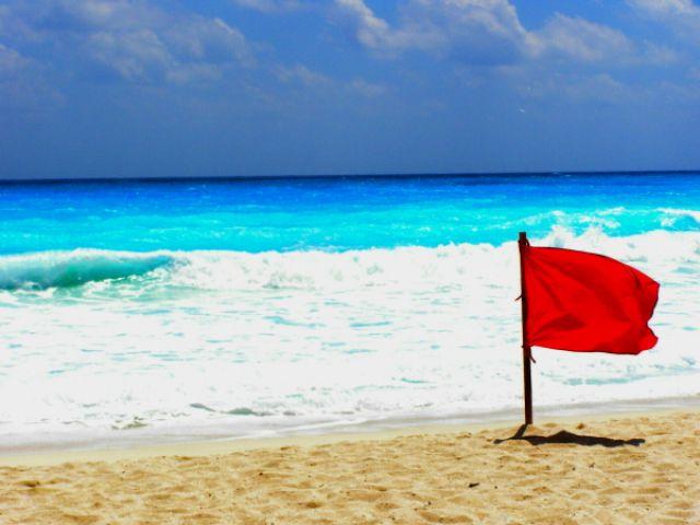 Zdjęcia: Cancun, Wejście do morza na własną odpowiedzialność!, MEKSYK