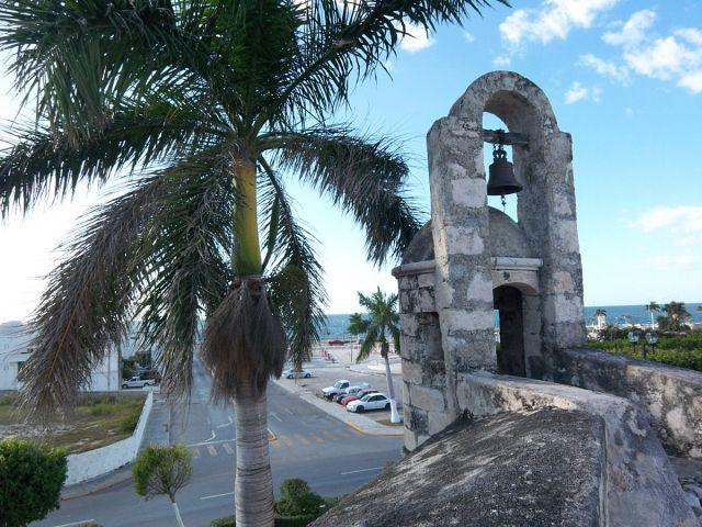 Zdjęcia: Campeche, widok z murow obronnych na zat. Meksykanska, MEKSYK
