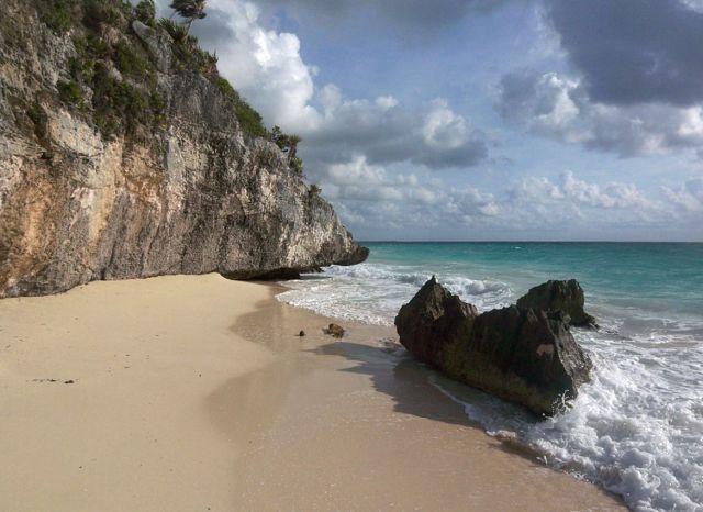 Zdjęcia: Jukatan, klif w Tulum, MEKSYK