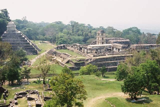 Zdj�cia: Palenque, Jukatan, Palenque - Wielki Pa�ac i �wiatynia Inskrypcji, MEKSYK