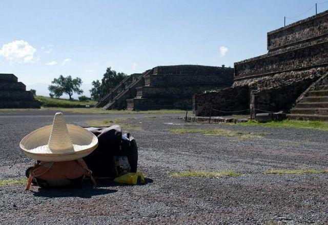 Zdjęcia: Teotihuacan, Teotihuacan, ...a gdzie właściciel?, MEKSYK