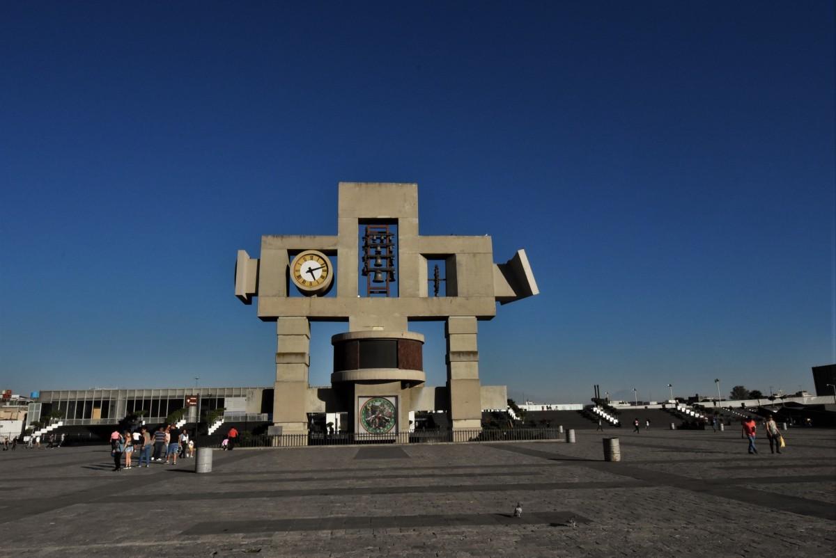 Zdjęcia: Guadalupe, Mexico City, Guadalupe, zegar z historią objawień, MEKSYK