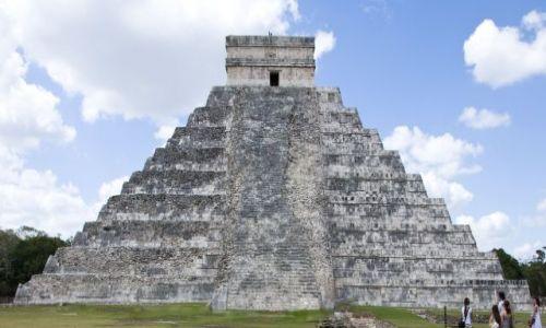 Zdjecie MEKSYK / Jukatan / Chichen Itza / El Castillo - Świątynia Kukulkana