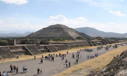 Zdjęcie MEKSYK / Meksyk / Toetihuacan / Piramida Słonca