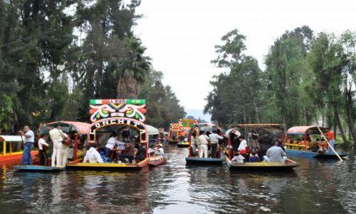 Zdjecie MEKSYK / - / MEXICO CITY / Na łodzi w Xochimilko