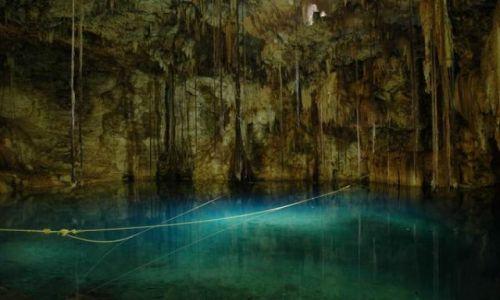 Zdjęcie MEKSYK / Yucatan /  Cenote Dzitnup  /  Cenote Dzitnup
