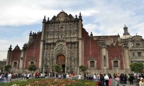 Zdjecie MEKSYK / - / Mexico City / Na ZOCALO, Katedra