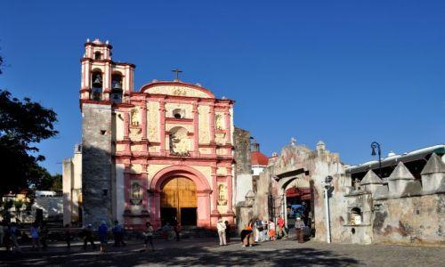 Zdjecie MEKSYK / stan Morelos / środkowy Meksyk / Cuernavaca - miasto wiecznej wiosny. Katedra