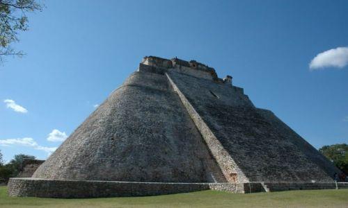 Zdjęcie MEKSYK / Yucatan / Uxmal / Piramida Czarodzieja