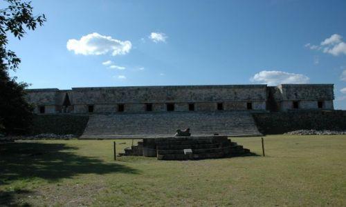 Zdjecie MEKSYK / Yucatan / Uxmal / Budunek Rz�du