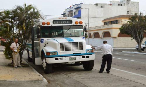 Zdjecie MEKSYK / Veracruz / Veracruz / Saksofonowy autobus