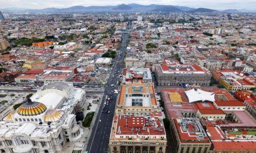 Zdjecie MEKSYK / Mexico City / wieżowiec Torre Latinaamericana / panorama ogromnego miasta z 43 piętra