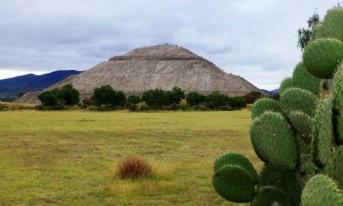 Zdjecie MEKSYK / Teotichuacan / Teotichuacan / Piramida Słońca -inaczej