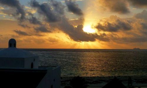 Zdjęcie MEKSYK / Quintana Roo / Puerto Morelos / pierwszy wschód słońca w Puerto Morelos