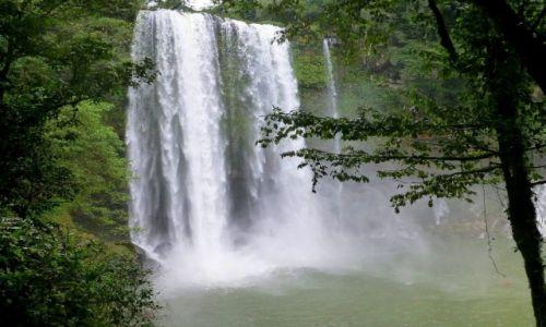 Zdjęcie MEKSYK / Chiapas / Palenque / wodospad Misol-Ha