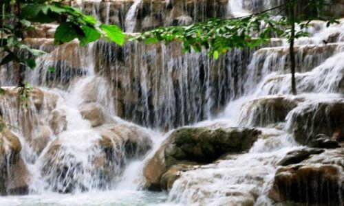 Zdjęcie MEKSYK / Chiapas / Aqua -Azul /  niezliczone kaskady