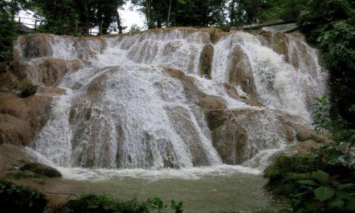 Zdjecie MEKSYK / Chiapas / Aqua -Azul / woda płynie ..jak czas