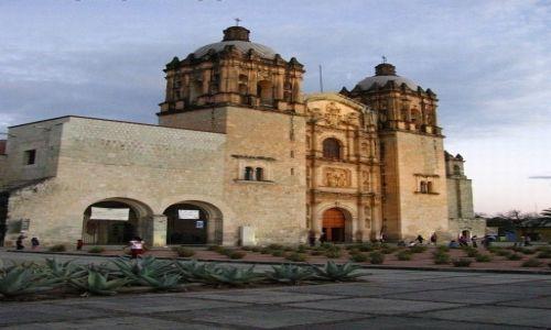 Zdjęcie MEKSYK / stan Oaxaca / Oaxaca / kościół św. Dominika
