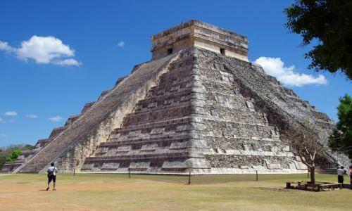 Zdjecie MEKSYK / Jukatan / Chichen Itza / Świątynia Kukulkana-El Castillo