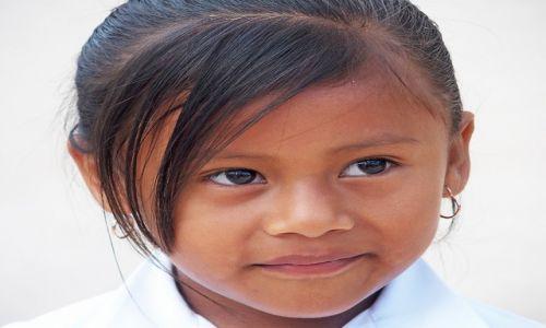 MEKSYK / Jukatan / Okolice Coba / Portret dziewczynki
