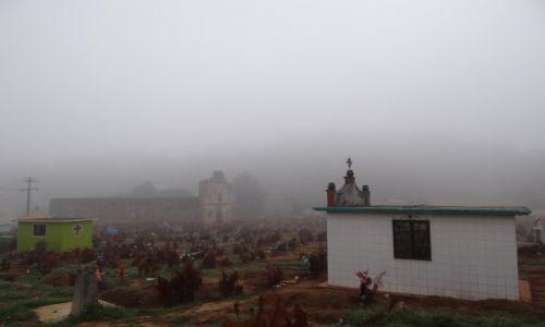 Zdjęcie MEKSYK / Chiapas / San Juan Chamamula / Cmentarz