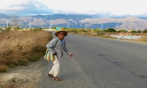Zdj�cie MEKSYK / Oaxaca / La Ventosa, droga stanowa 190 / Dok�d oczy ponios�