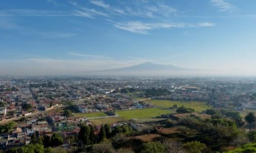 Zdjecie MEKSYK / Puebla / Cholula / Z wulkanem w tle