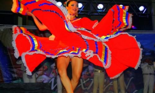 Zdjecie MEKSYK / - / Cancun / efekt motyla