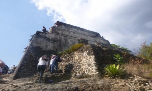 Zdjecie MEKSYK / Morelos / Tepozteco / Piramida na Szczycie Góry
