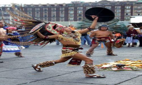 Zdjęcie MEKSYK / Meksyk / Miasto Meksyk / Tancerz