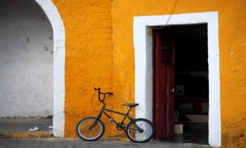 Zdjecie MEKSYK / Jukatan / Izamal / Rower
