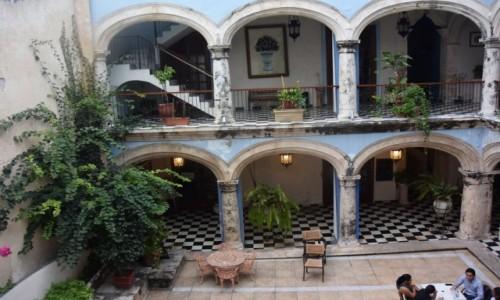 Zdjecie MEKSYK / - / Campeche, / Campeche miasto kolonialne na  półwyspie Jukatan