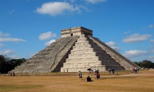 Zdjęcie MEKSYK / Jukatan / Chichén Itzá / Piramida