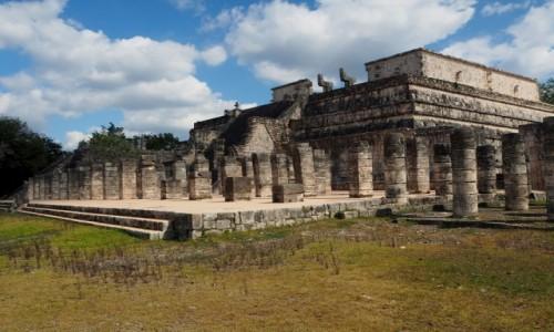 Zdjęcie MEKSYK / Jukatan / Chichén Itzá / Świątynia Wojowników w Chichén Itzá