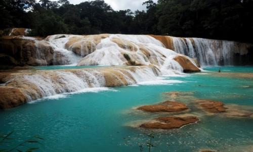 Zdjęcie MEKSYK / Chiapas / Agua Azul / Wodospady Agua Azul