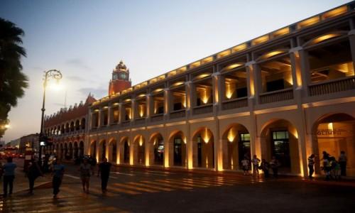 Zdjęcie MEKSYK / Jukatan / Mérida - stolica Jukatanu / Ratusz
