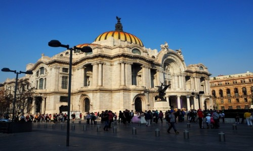 Zdjęcie MEKSYK / Mexico City / Historyczne centrum miasta, w pobliżu parku Alameda Central Park. / Palacio de Bellas Artes