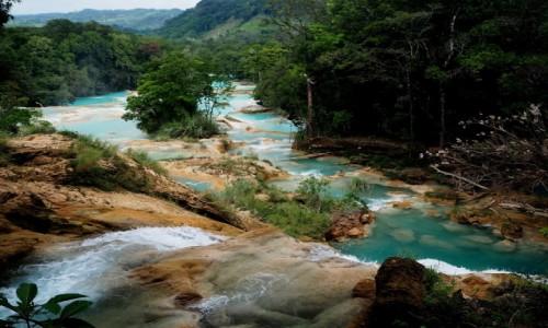 MEKSYK / Chiapas / okolice Palenque / Wodospady Agua Azul