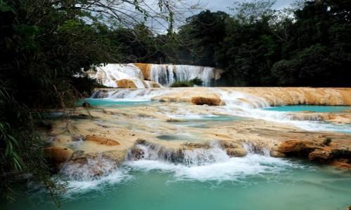 Zdjęcie MEKSYK / Chiapas / okolice Palenque / Wodospady Agua Azul