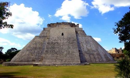 Zdjecie MEKSYK / Stan Jukatan / Uxmal / Piramida Czarownika