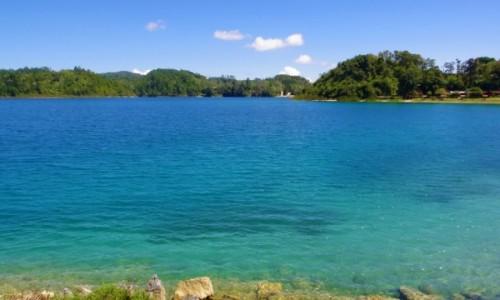 Zdjecie MEKSYK / Chiapas / Tziscao / Tziscao - jezioro w Meksyku