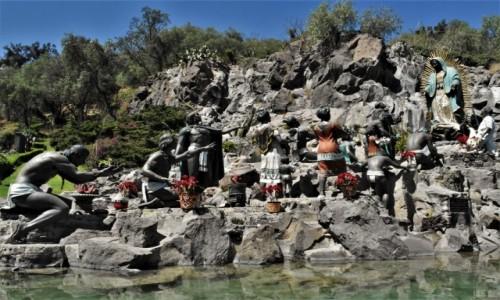 MEKSYK / Mexico City / Guadalupe / Guadalupe, pomnik ofiarowania Indian