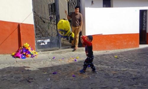 MEKSYK / Guerrero / Taxco / Rozbijanie Piniaty