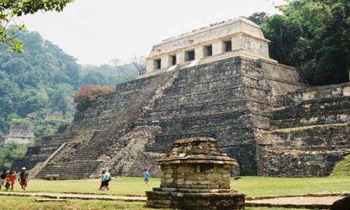 Zdjecie MEKSYK / Jukatan / Palenque / Palenque - Świątynia Inskrypcji