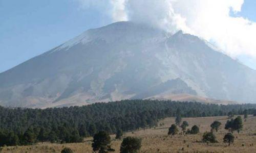 MEKSYK / Wyżyna Meksykańska / 70 km na południowy wschód od miasta Meksyk / wulkan Popo