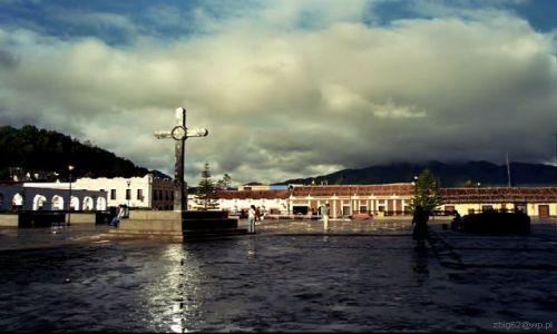 Zdjecie MEKSYK / brak / San Cristobal de Las Casas / Po deszczu