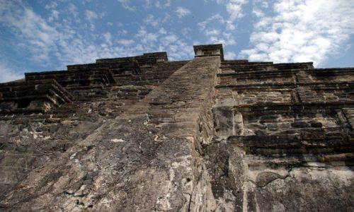 Zdjecie MEKSYK / Veracruz / El Tajin / Piramida - nie