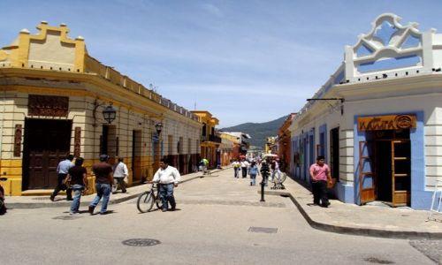 Zdjecie MEKSYK / brak / San Cristobal de las Casas / Ulica w San Cristobal