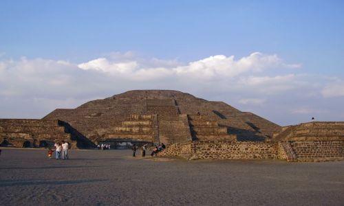 Zdjęcie MEKSYK / Meksyk / Teotichuacan / Piramida Ksiezyca